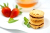 Strawberry Sandwich Cookies - Tropicana Slim Alergon Cookies